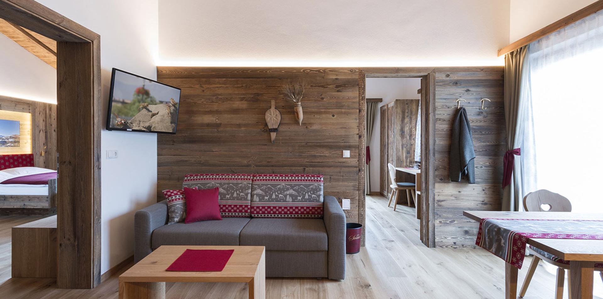 Ecco Le Camere Dell Hotel Senoner Suite 3 Stanze Suite Suite 3 Stanze Suite